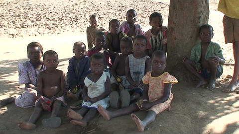 Malawi: african children listen the story Stock Video Footage
