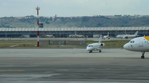 Airport 09 Madrid Barajas Footage