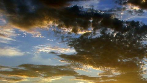 Clouds 1102 HD-NTSC-PAL Footage