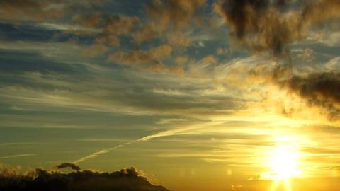 Clouds 1108 HD-NTSC-PAL Footage