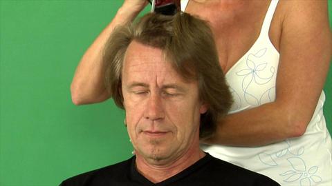 haircut loosing full hair Stock Video Footage