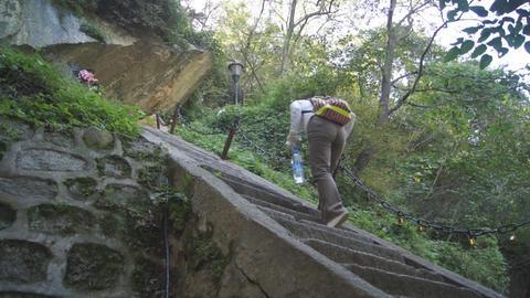 People climbing Huashan upstairs 01 Live Action