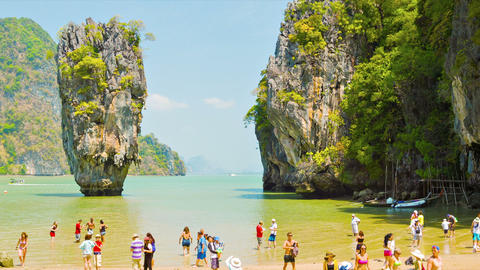 PHANG NGA. THAILAND - 24 FEB 2014: James Bond isla Footage