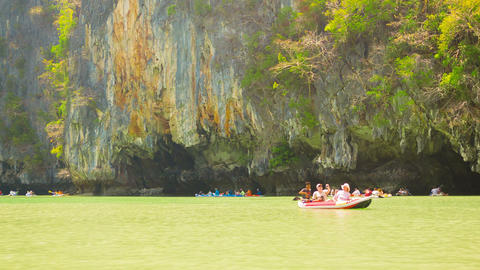PHANG NGA. THAILAND - 24 FEB 2014: Kayaks with tou Footage