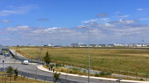 TAP Aircraft Landing in Lisbon ビデオ