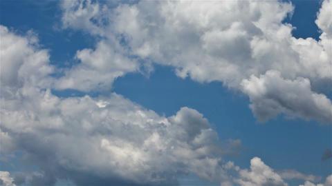 blu sky lapse 2 Stock Video Footage