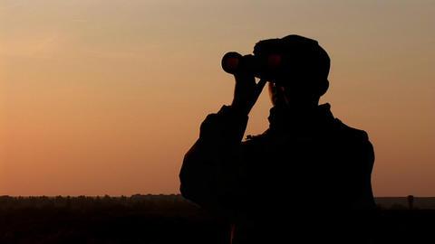 binocular 12 Footage