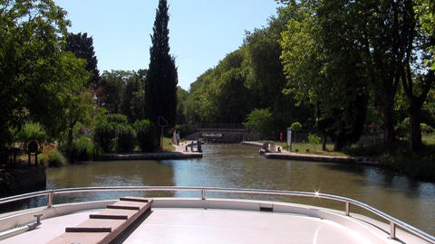 boat enters the lock Stock Video Footage
