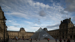 le louvre museum, paris france 4k Footage