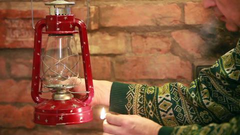 Kindle kerosene lamp Footage