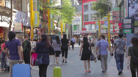 Ximen - a sunny day and people walking 2 Live影片