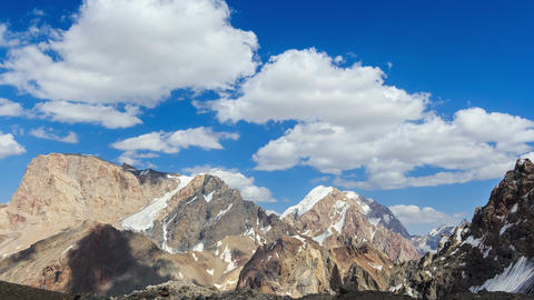 Vertices of the clouds. Panorama. TimeLapse. Pamir 영상물