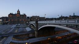 4K Timelapse North Bridge in Edinburgh, Scotland Live Action