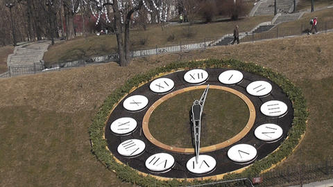 clock ground city Stock Video Footage