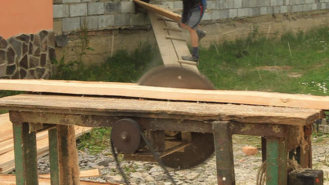 Board sawmill Live Action