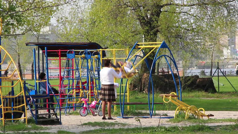Childrens playground ビデオ