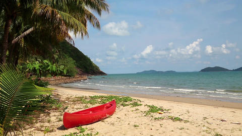 Red canoe on the beautiful tropical beach Footage