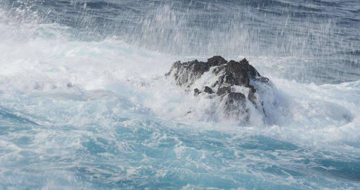 4K, Beautiful closeup of crashing waves Footage