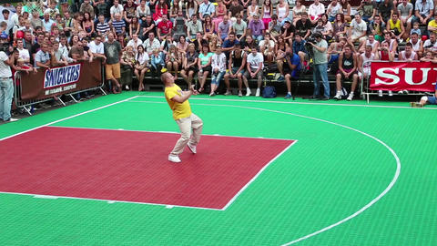 Dancer on basketball pitch Footage