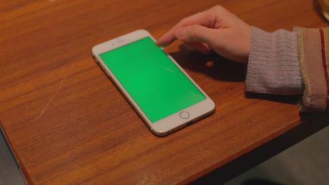 iphone 6 plus phone green screen - on table finger ライブ動画