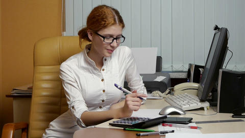 Business Woman working at the office Stock Video Footage