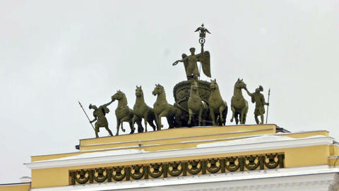 Chariot of Glory on the General staff arch, St. Pe Stock Video Footage