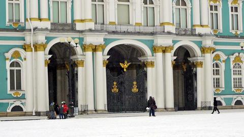 Hermitage museum on Dvortsovaya square, St. Peters Stock Video Footage