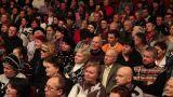 Listening crowd 4 Footage