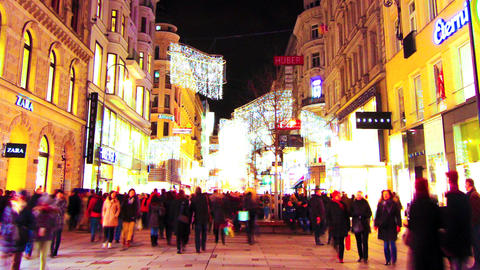 People pass by in the shopping area of Vienna Footage