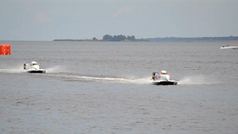 Powerboat F1 fast speed Live Action