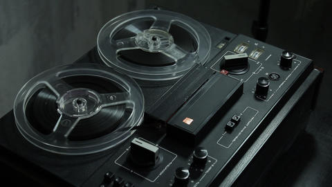 1080p Ungraded: Reel-To-Reel Tape Recorder Plays Record Footage