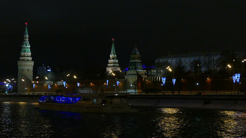 Moscow Kremlin at night in the winter and sailing  Footage