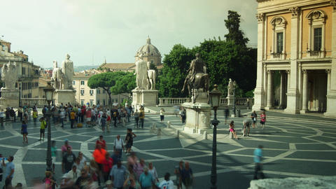 tourists visit Piazza del Campidoglio on Capitoline Hill,time lapse,4k Footage