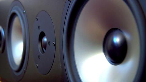 10625 speaker two fast loop Stock Video Footage