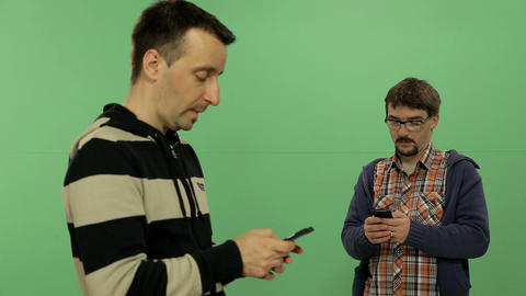 Men with mobile - Green screen Live Action