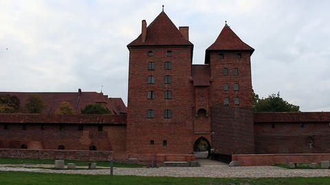 Left And Right Pan Of The Gate And Wall Ot The Medieval Castle stock footage