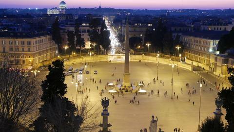 Piazza del Popolo. Night falls. Rome, Italy. 1280x720 Footage
