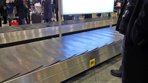 Waiting for luggage Stock Video Footage