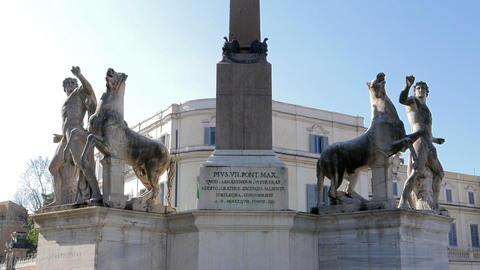 Sculptural ensemble Dioscuri. Plaza del Quirinale. Rome, Italy. 1280x720 Footage