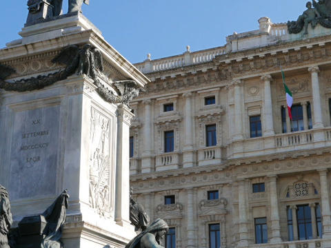Camillo Benso di Cavour monument and Palace of Justice. Rome, Italy. 640x480 Footage