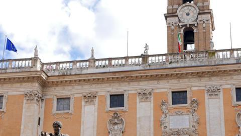 Statue of Marcus Aurelius and Comune Di Roma. Rome, Italy. 4K Footage