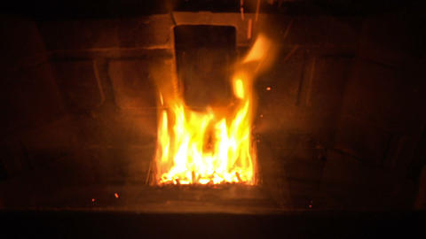 (Seamless Loop) Glowing Fireplace Footage