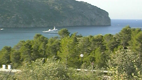 Motor yacht Live Action