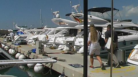 Motor Yachts Bestsellers 1