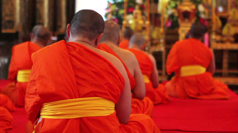buddhist monks pray in temple Stock Video Footage