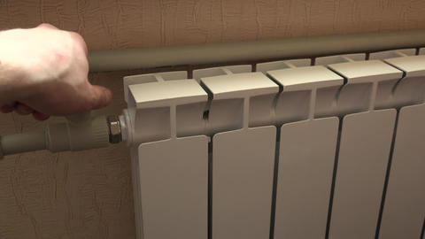 Optimal Setting of the Thermostat Valve. Radiator Adjustment to Save Energy. Rad Footage