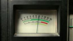 vintage radio battery levels Footage