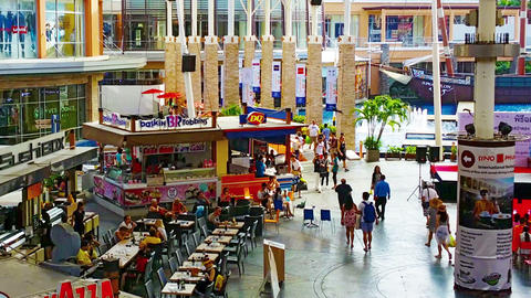 PATONG. PHUKET. THAILAND - CIRCA NOV 2014: Fountain Court At Jungceylon Shopping stock footage