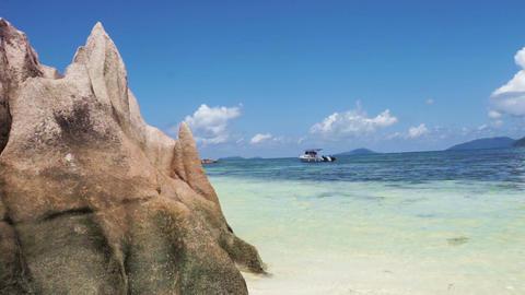 seychelles coast Live Action
