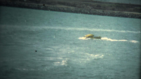 (Super 8 Vintage) Original Jetski Turning Wipeout Footage